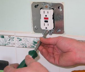Mount the Receptacle into the Adapter Plate