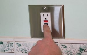Testing the GFCI Receptacle