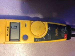 Testing fuse meter reading