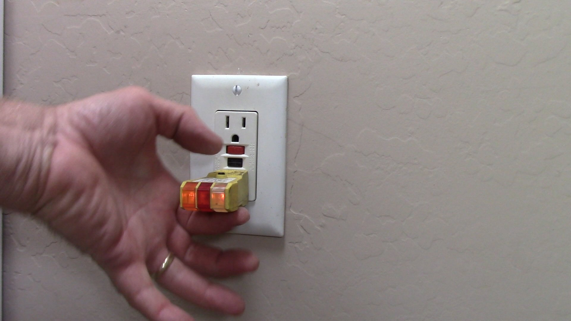 Wiring A Plug Switch Combo Outlet