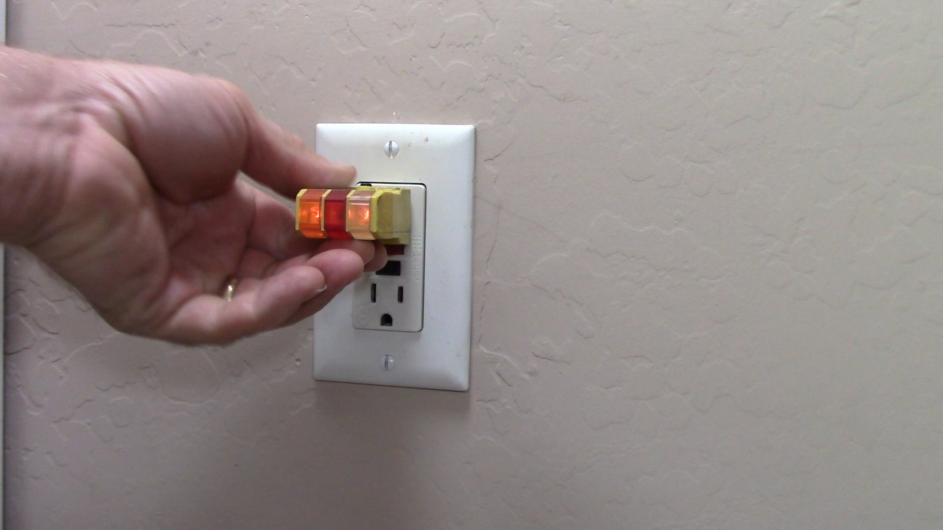 How To Replace A Faulty Gfci Receptacle Electrical Online Wiring In The Home Replaced Switch Outlet But